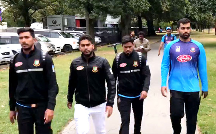 সন্ত্রাসী হামলা নিউজিল্যান্ডে, বাংলাদেশ ক্রিকেট দল  অল্পের জন্য রক্ষা পেল